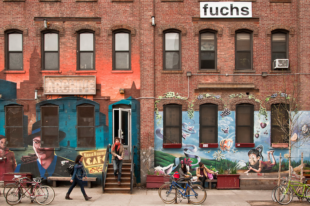 Best Places to Find Art Galleries in New York